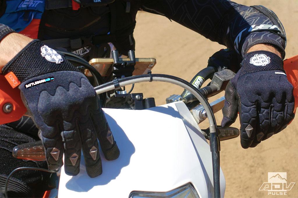 Battle Born Air dirt focused gloves