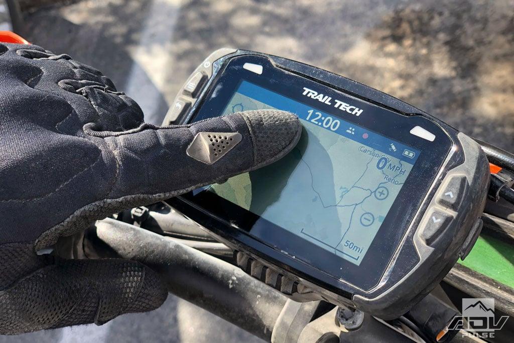 Battle Born Air dual sport gloves with touch-tech