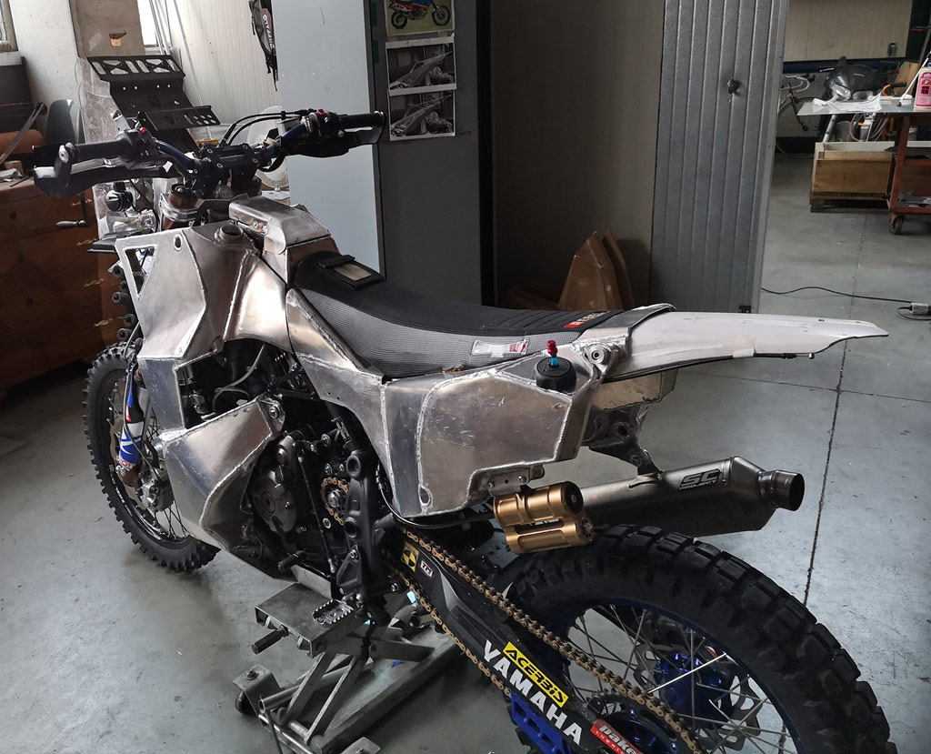 Yamaha T7 bike build