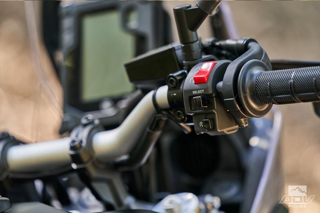 Yamaha Tenere 700 handlebar controller