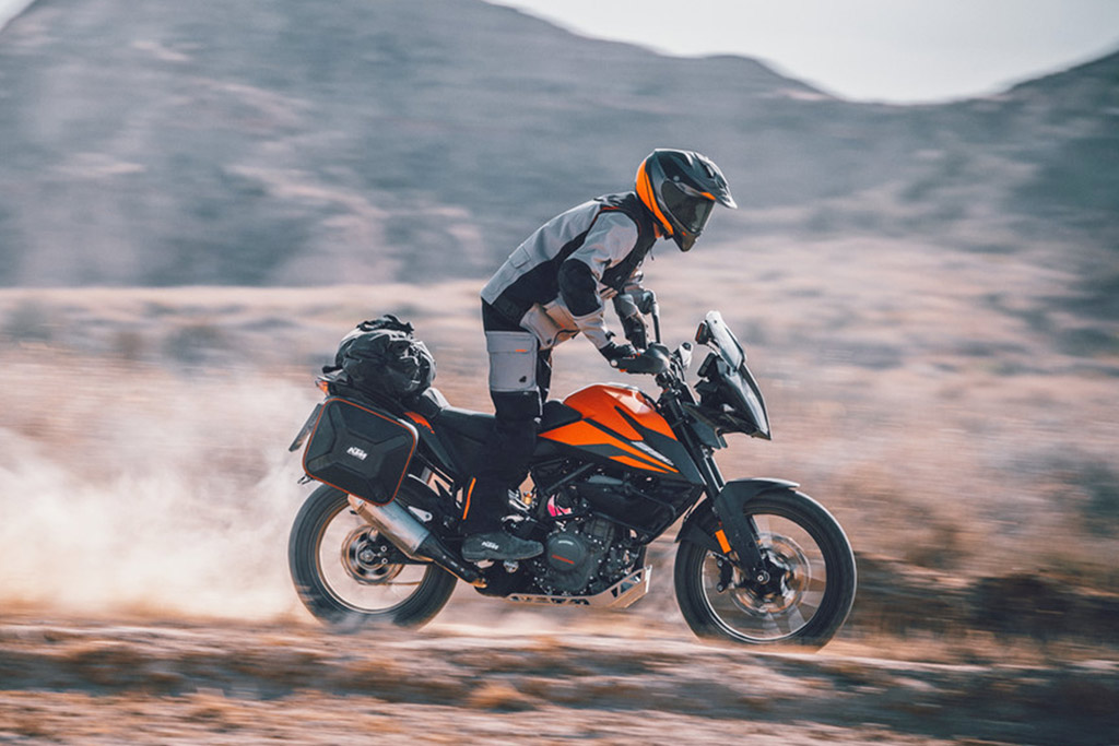 2020 KTM 390 Adventure Review (15 Fast Facts