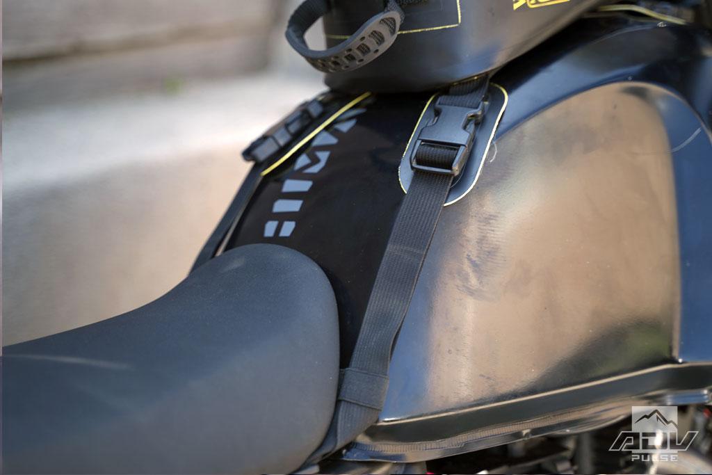Wolfman Enduro Tank Bag rear mounting straps