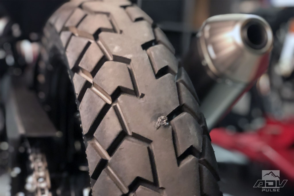 String-type tire plug