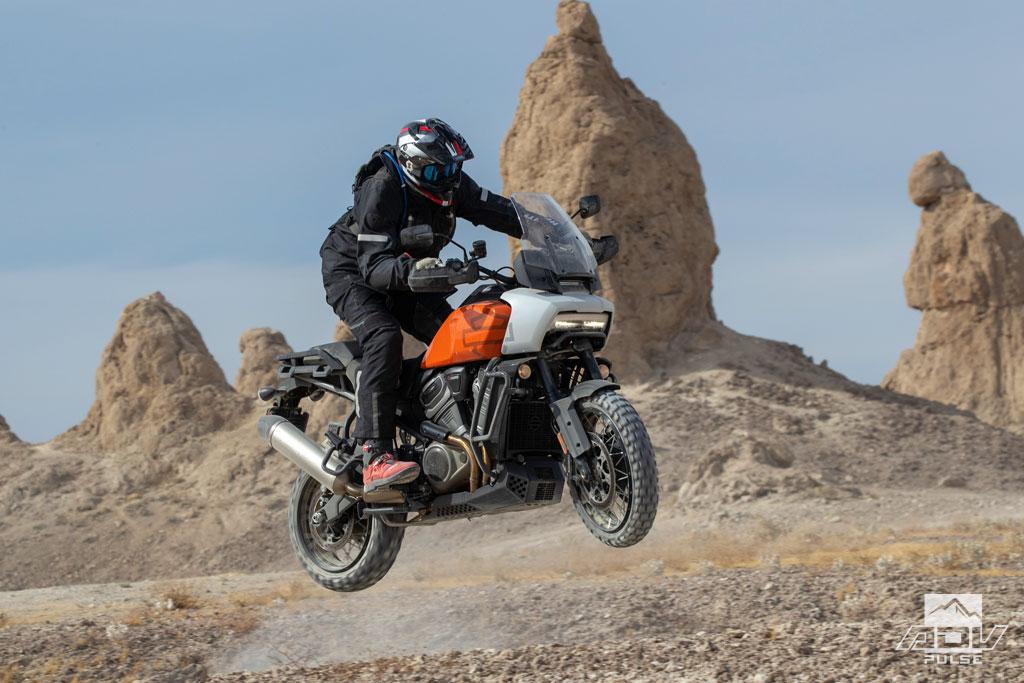 2021 Harley-Davidson Pan America dirt performance